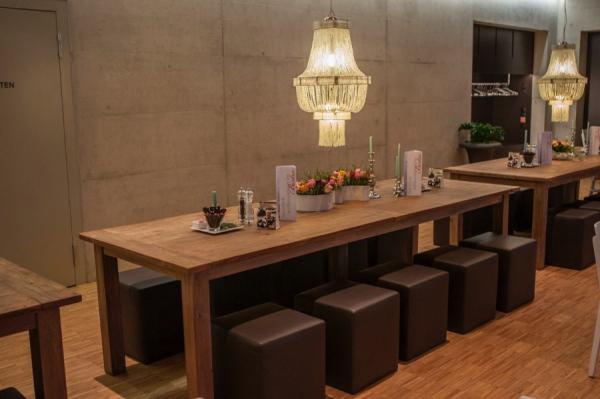 gastronomie m bel f r restaurants teakm. Black Bedroom Furniture Sets. Home Design Ideas