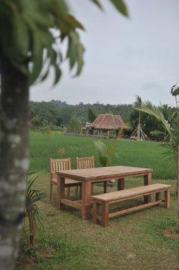 Gartentisch Mammut 200cm mit 2 Beaufort Stühle und Bank - Bild 1