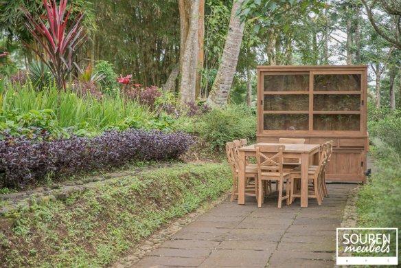 Teak Tisch 200x100 + 8 Stühle Kreuz + Vitrinenschrank 200 - Bild 0