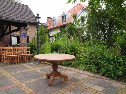 Teak Tisch rund Ø 120 cm altes Holz   - Bild 1