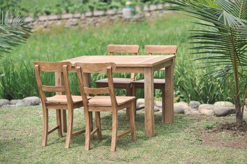 Gartentisch 120x80cm mit 4 Stühle