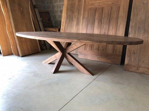 Teak Tisch oval 300x120cm Cross