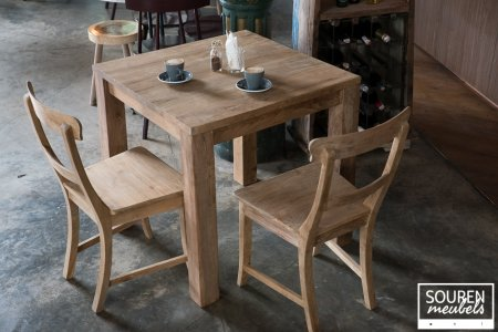 Teak Tisch 80x80 + 2 Stühle