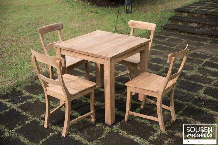 Teak Tisch 80x80 + 4 Stühle