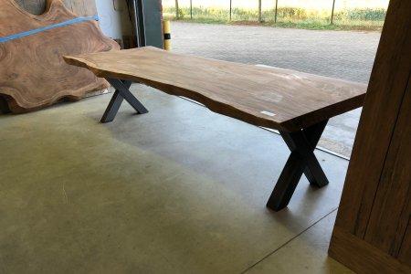 Suar Baumstammtisch 300cm + Stahl