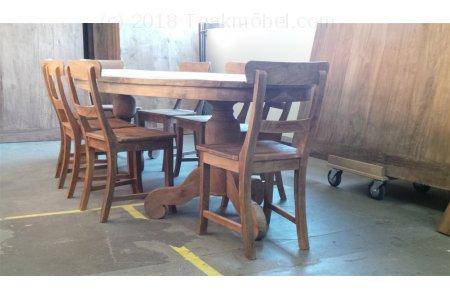 Teak Tisch oval 300x120cm + 8 Stühle