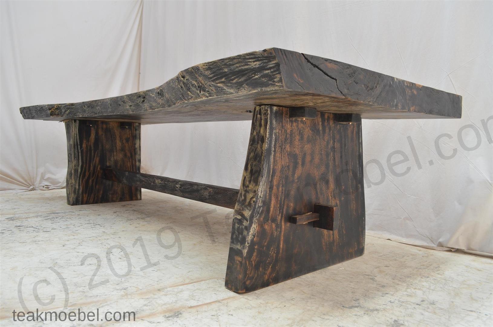 baumstamm tisch mammut tisch elegant baumstamm tisch. Black Bedroom Furniture Sets. Home Design Ideas
