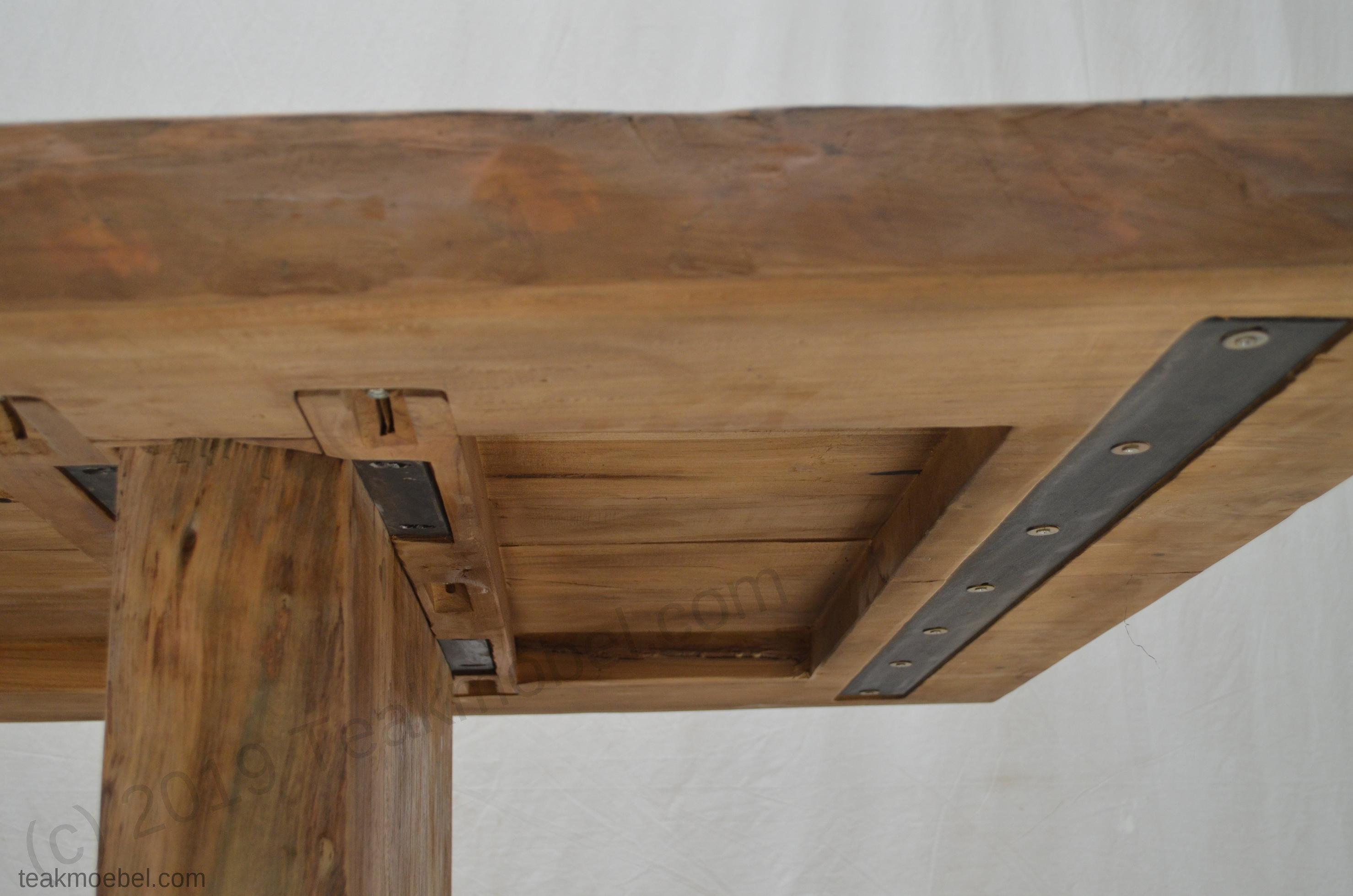 teakholz baumstamm tisch 180 teakm. Black Bedroom Furniture Sets. Home Design Ideas